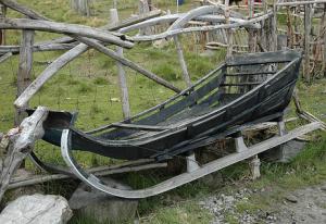 Holzschlitten alt
